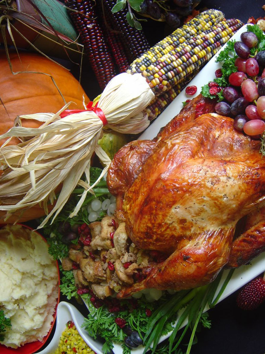 FARM FRESH MEALS FOR THE HEART OF YOUR THANKSGIVING